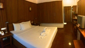 Thande Beach Resort/$105nt