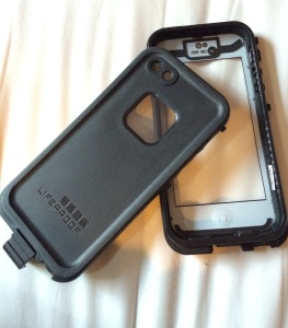 FAKE Lifeproof case