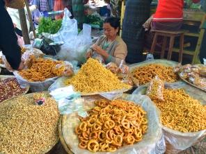 Maing Thauk market