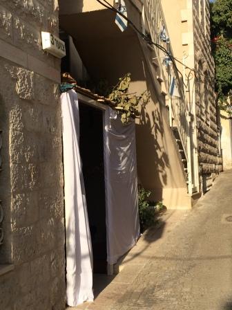 Residential sukkah
