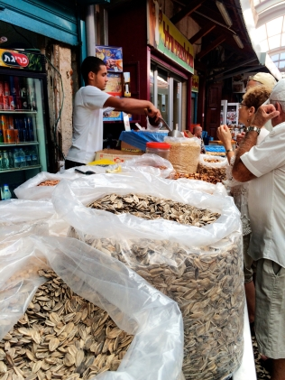 Nuts and seeds for sale
