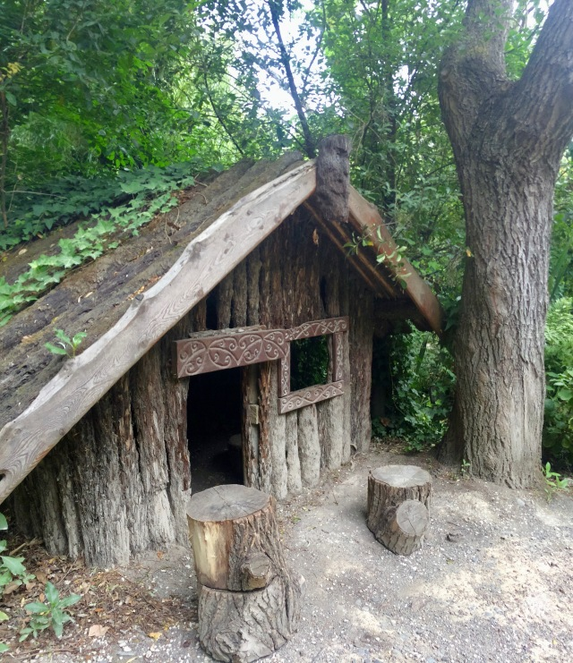 Early Māori native home